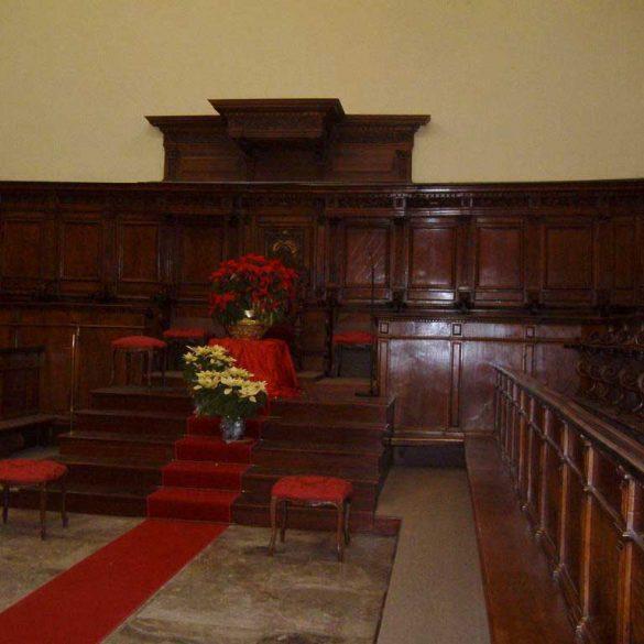 Restauro Coro Presbiterale Cattedrale di Crotone KR